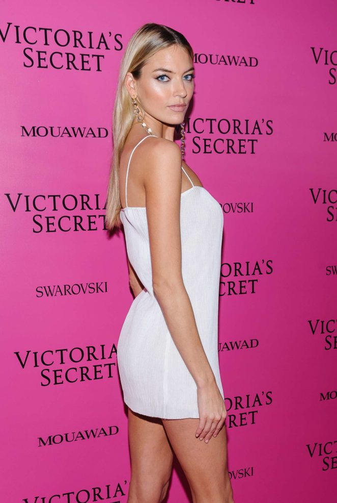 Martha Hunt - 2017 Victoria's Secret Fashion Show After Party in Shanghai