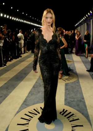 Martha Hunt - 2019 Vanity Fair Oscar Party in Beverly Hills