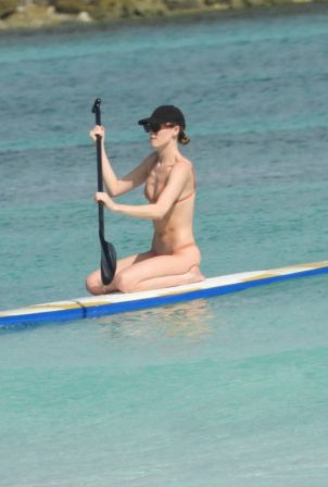 Martha Hunt - Bikini candids on vacation in Tulum
