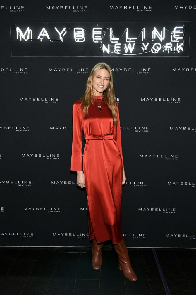 Martha Hunt – Maybelline New York Fashion Week Party in NY