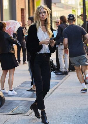 Martha Hunt out in New York