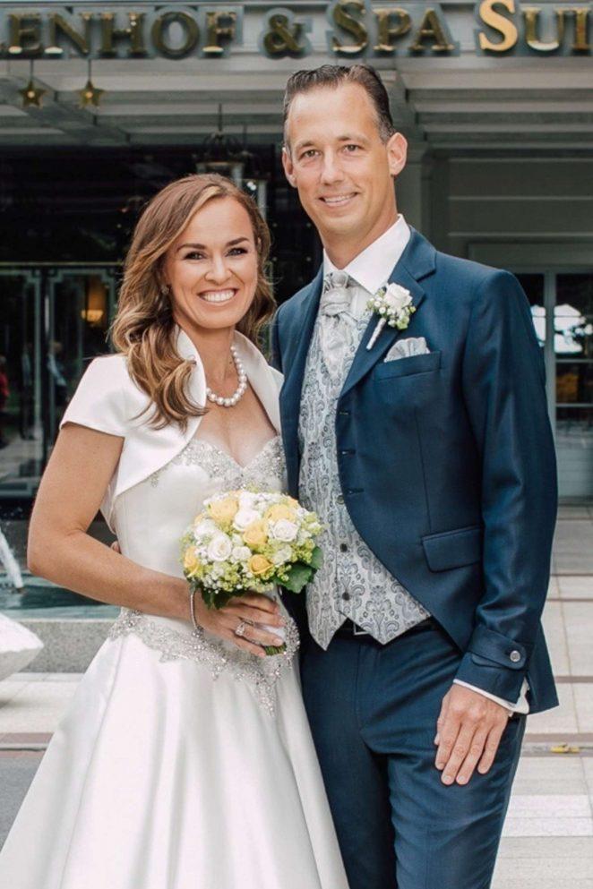 Martina Hingis marries Harry Leeman in Bad Ragaz