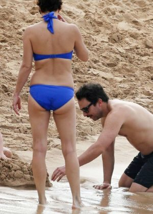 Mary Elizabeth Ellis in Blue Bikini in Maui Pic 8 of 35