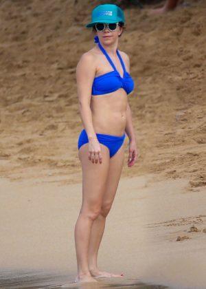 Mary Elizabeth Ellis in Blue Bikini in Maui Pic 3 of 35