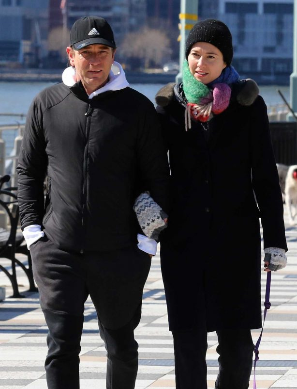 Mary Elizabeth Winstead and Ewan McGregor - Out in Manhattan