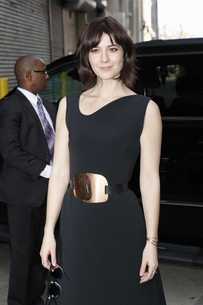 Mary Elizabeth Winstead - Arrives at HuffPost Live in New York