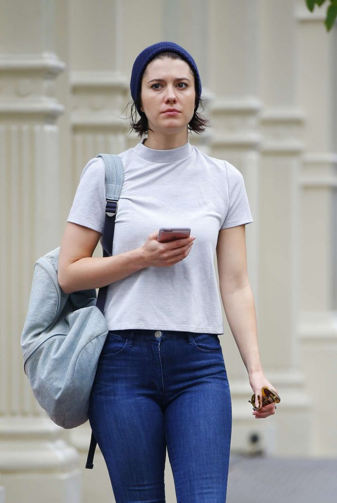 Mary Elizabeth Winstead - Out and about in New York City
