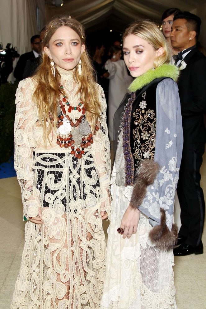Mary-Kate and Ashley Olsen – 2017 MET Costume Institute Gala in NYC