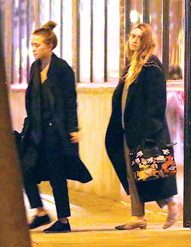 Mary-Kate and Ashley Olsen - Leave their West Village Apartments in NYC