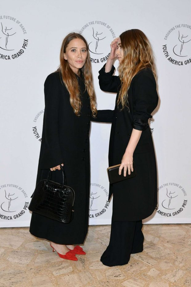 Mary Kate and Ashley Olsen: YAGPs 2019 Gala Stars Of Today Meets The Stars Of Tomorrow -05