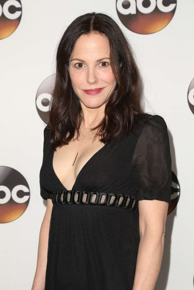 Mary Louise Parker - Disney ABC Television Group TCA Winter Press Tour 2017 in Pasadena