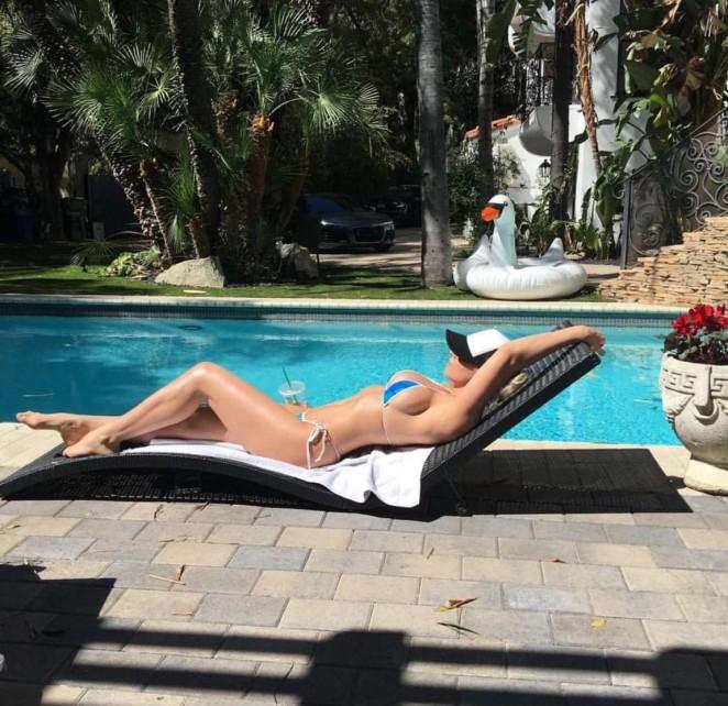Maryse Ouellet in Bikini – Instagram