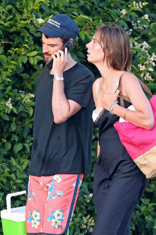 Maya Hawke and Tom Sturridge - Out in The Hamptons