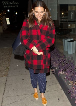 Maya Rudolph Leaving Madeo Restaurant in Beverly Hills
