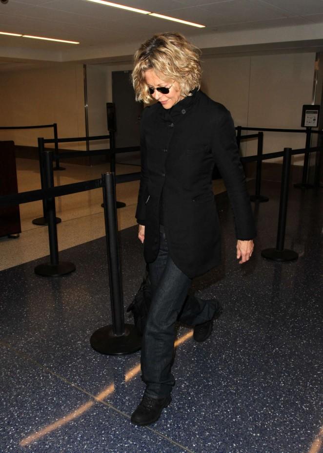 Meg Ryan at LAX Airport -11