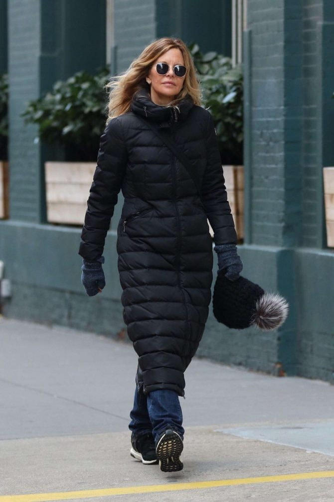Meg Ryan: Out in New York City -01