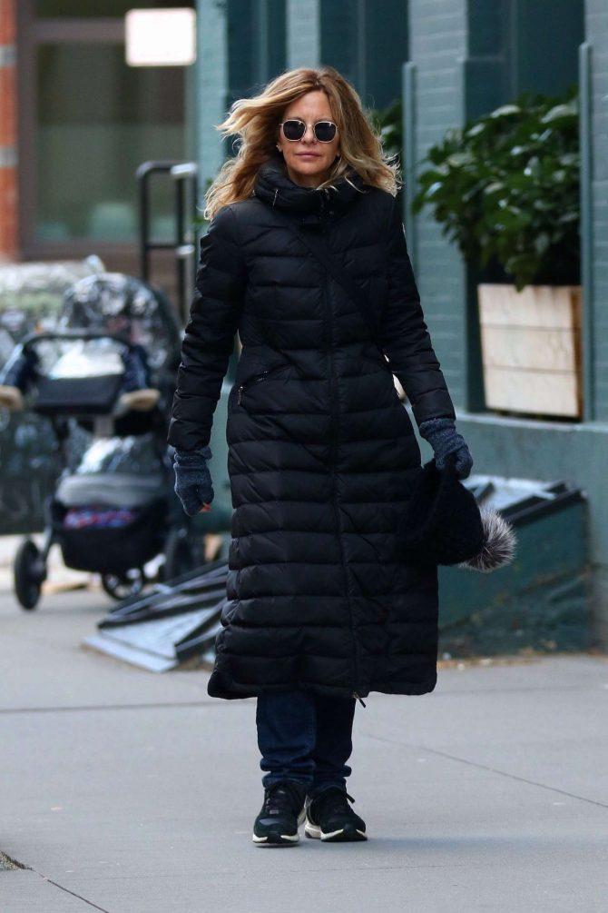 Meg Ryan: Out in New York City -04