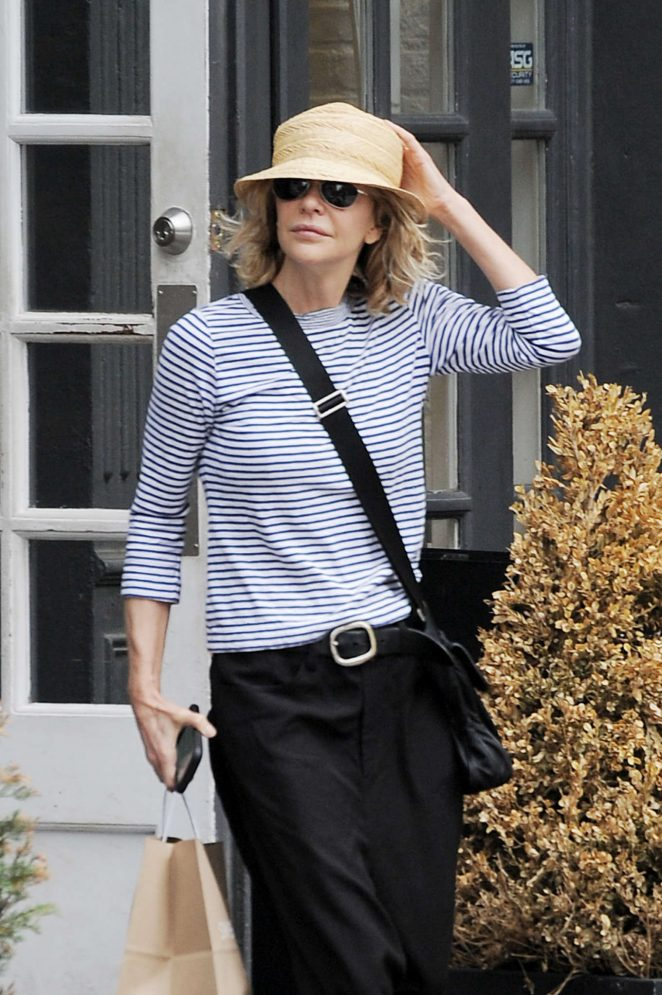 Meg Ryan out in Tribeca