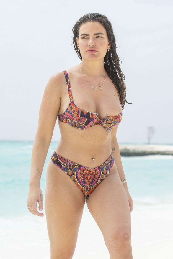 Megan Barton-Hanson in Bikini at the Heritance Aarah Resort in Maldives