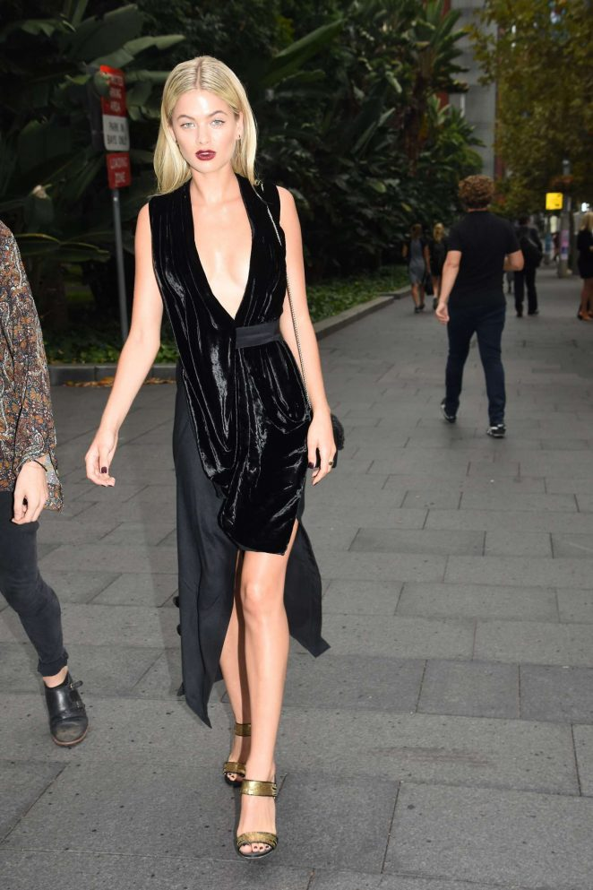 Megan Blake Irwin - Arrives at Autumn Winter 2017 David Jones Fashion Launch in Sydney