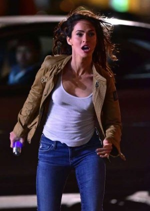 Megan Fox - Filming 'Teenage Mutant Ninja Turtles 2' in NYC