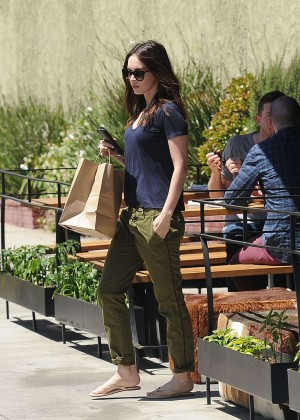 Megan Fox - Getting take out in LA