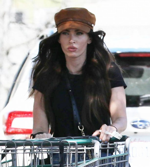 Megan Fox - Grocery shopping at Erewhon Market in Calabasas
