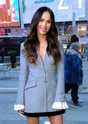 Megan Fox - On the set of 'Extra' in New York City