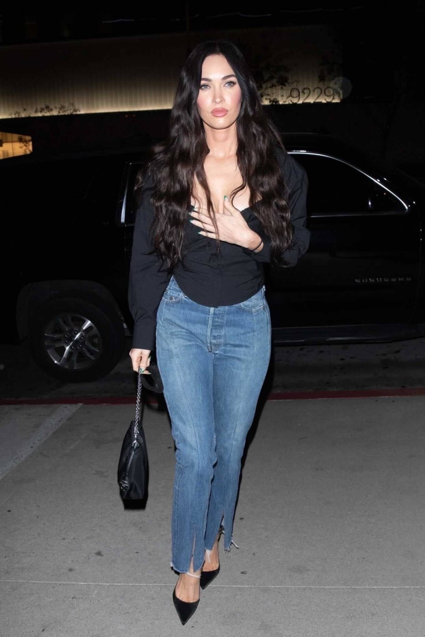 Megan Fox 2021 : Megan Fox – Out alone for dinner in West Hollywood-01