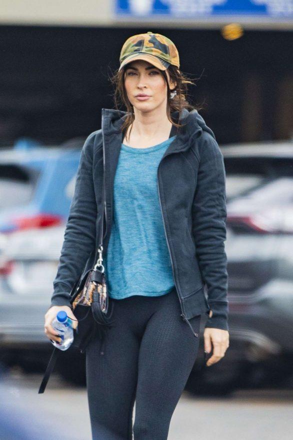 Megan Fox - Seen hitting the gym in Woodland Hills