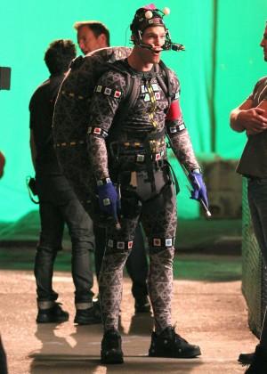 Megan Fox on Teenage Mutant Ninja Turtles 2 set -07