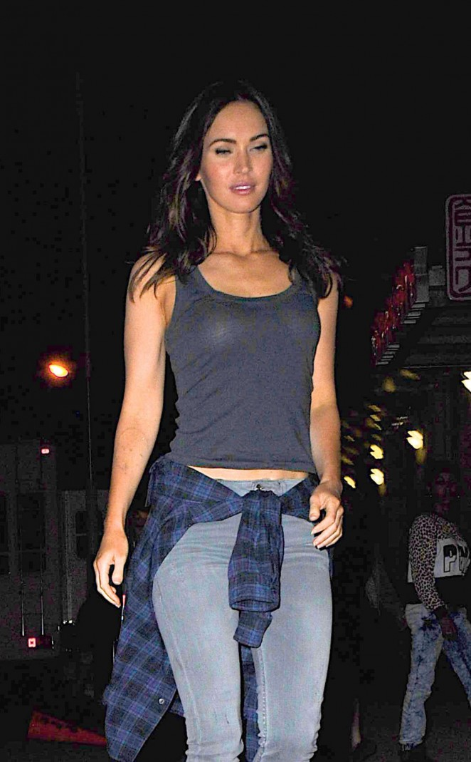 Megan Fox - Set of 'Teenage Mutant Ninja Turtles 2' in Manhattan