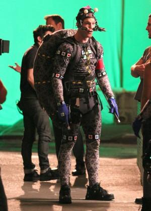 Megan Fox on Teenage Mutant Ninja Turtles 2 set -13