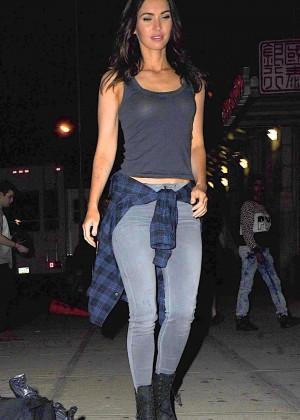 Megan Fox on Teenage Mutant Ninja Turtles 2 set -25