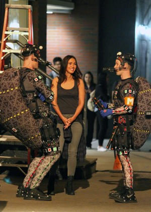 Megan Fox on Teenage Mutant Ninja Turtles 2 set -27