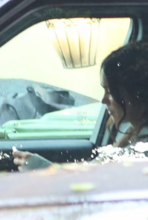 Megan Fox with Machine Gun Kelly - Picking up some food in Studio City