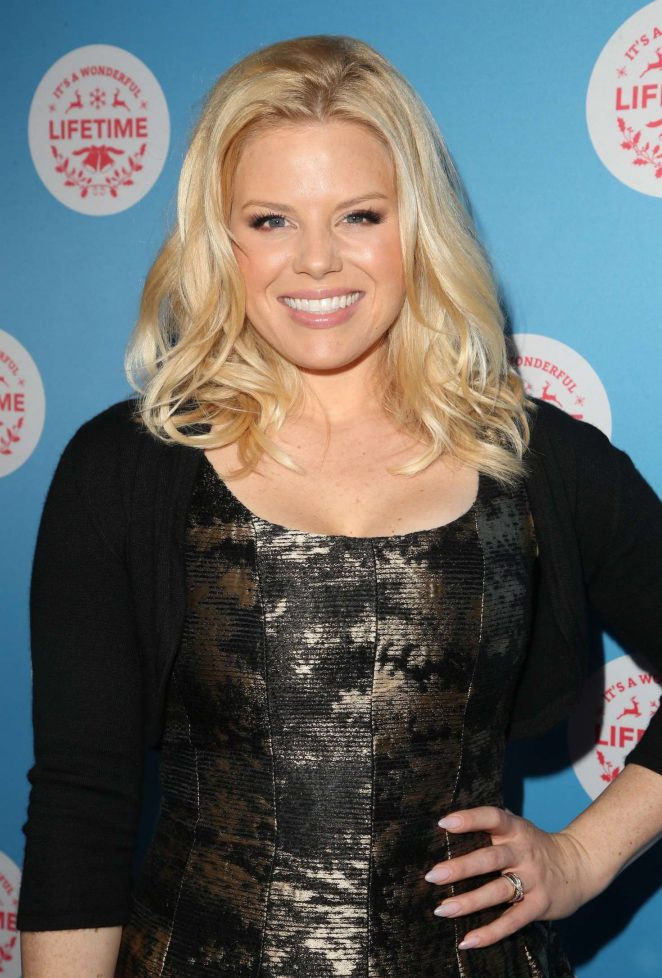Megan Hilty – Gingerbread House Experience in Los Angeles