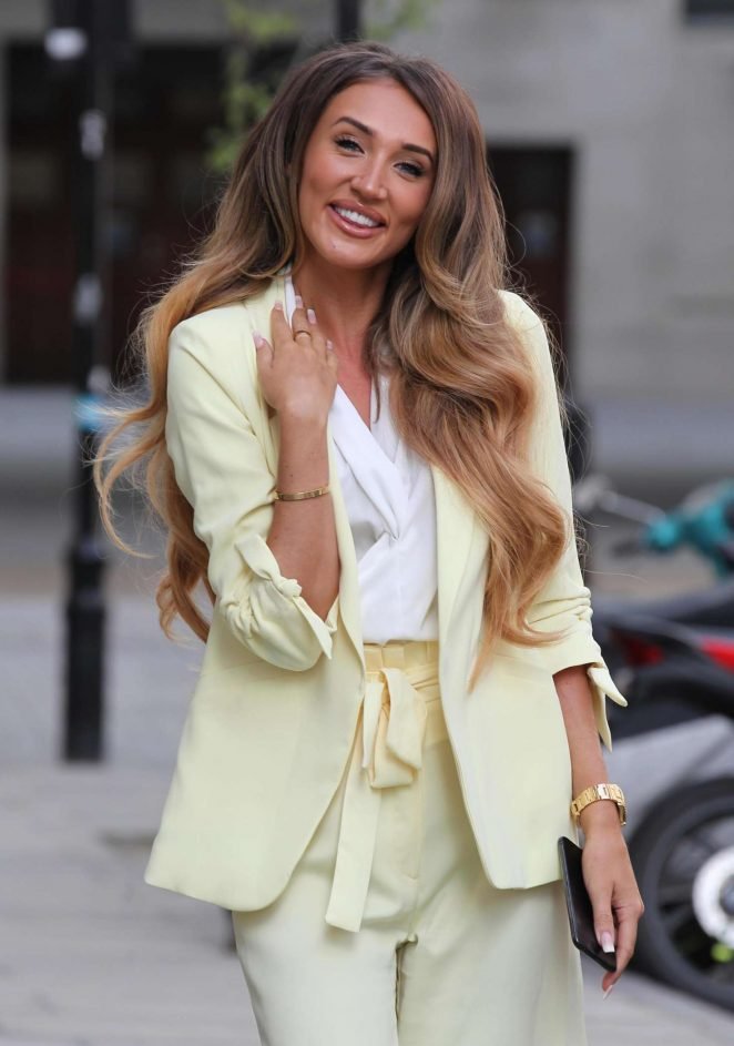 Megan McKenna - Out and about in London