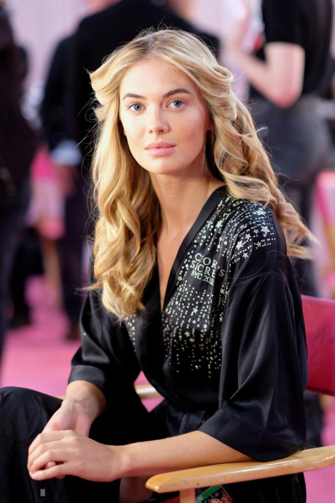 Megan Williams – Victoria's Secret Fashion Show 2018 Backstage in NY