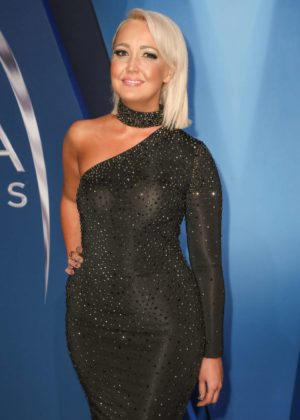 Meghan Linsey - 51st Annual CMA Awards in Nashville