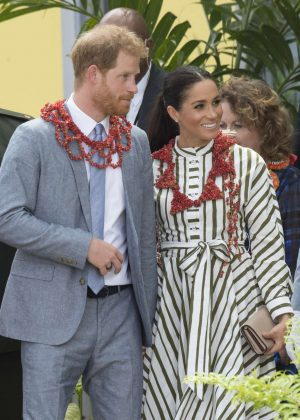 Meghan Markle and Prince Harry - Visits a handicraft fair at the Fav'oneoua Centre in Tonga