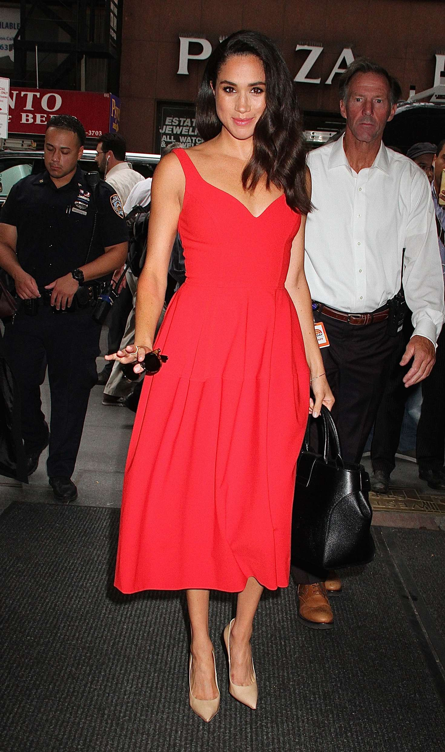 Meghan Markle Arrives at The Today Show -03 - GotCeleb