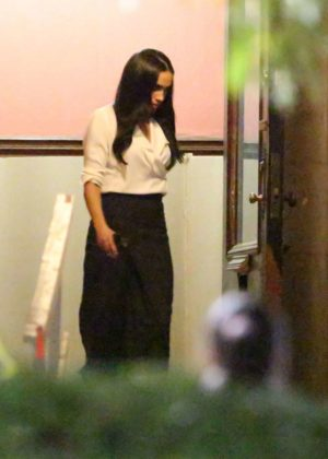 Meghan Markle - Filming 'Suit's' in Toronto