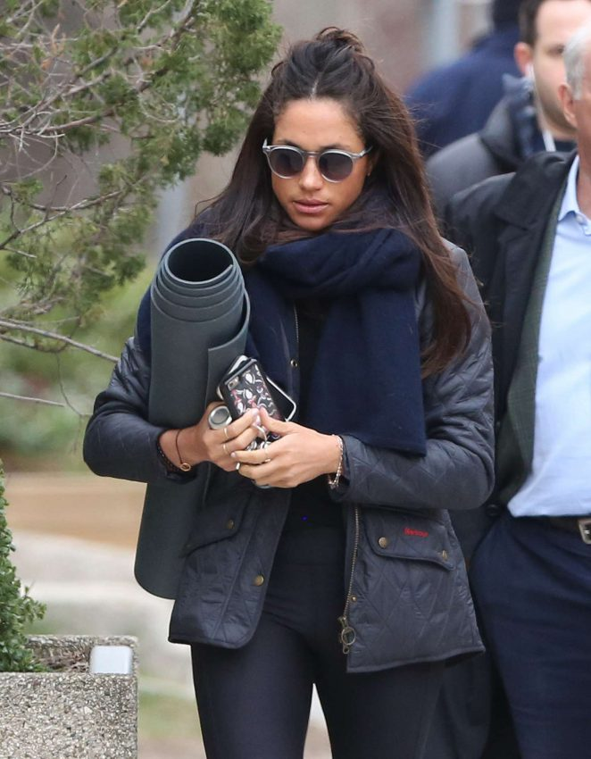 Meghan Markle Going To Yoga In Toronto