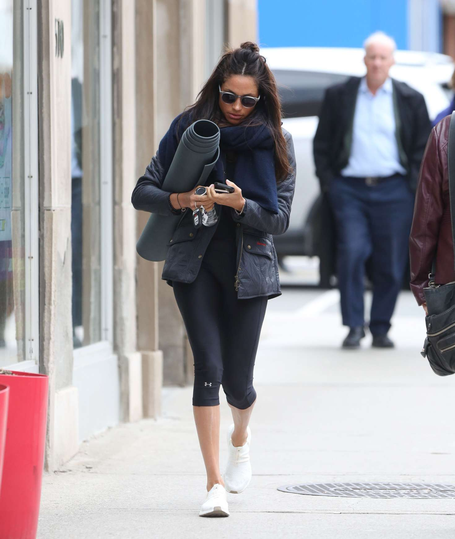 Meghan Markle Photos >> Meghan Markle going to yoga -08 - GotCeleb