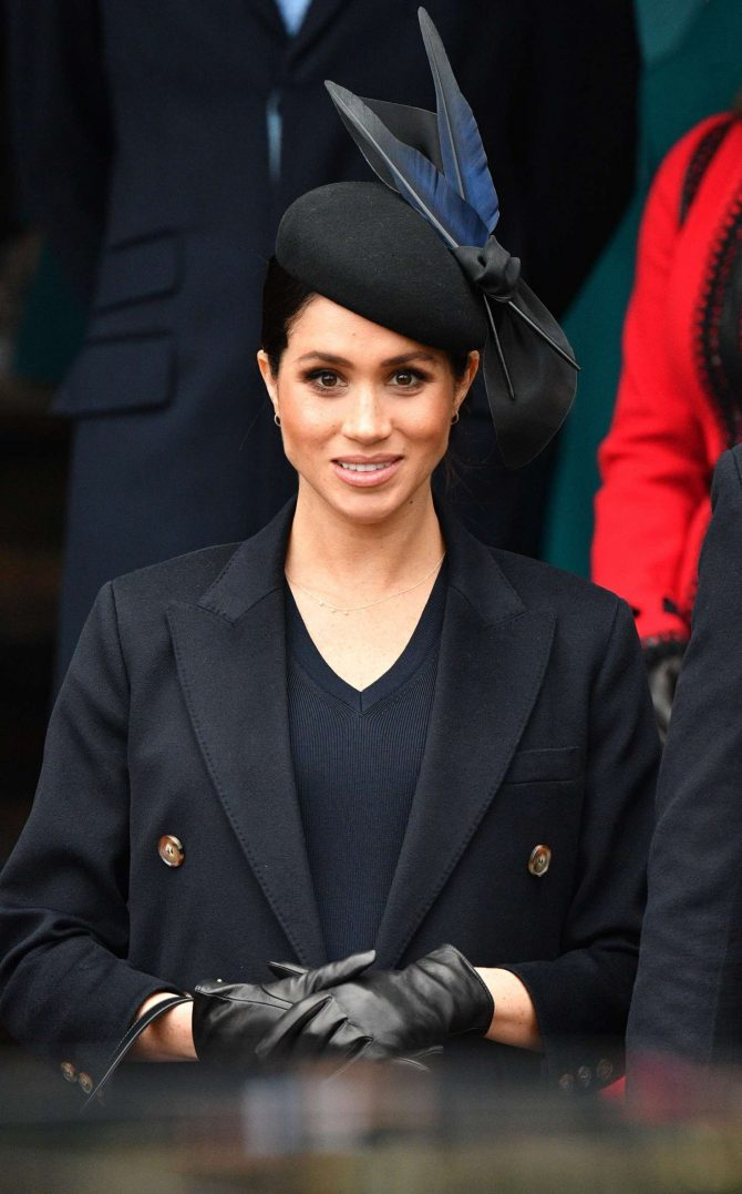 Meghan Markle – Heading to Christmas Day Church service in Sandringham