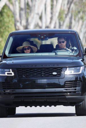 Meghan Markle - Seen driving in Santa Barbara
