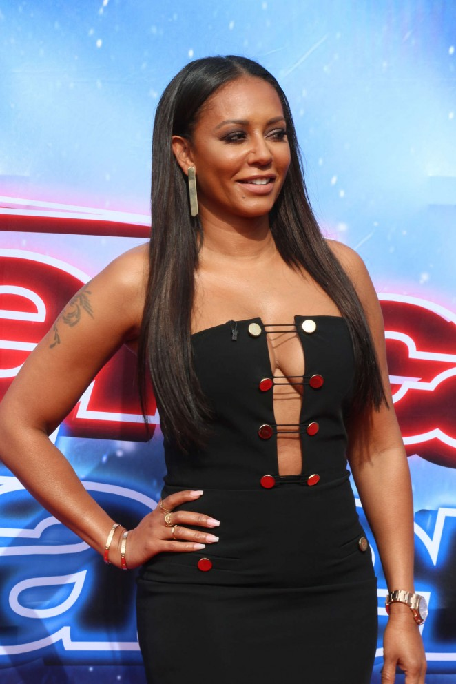Melanie Brown - America's Got Talent Judges Photocall 2016 in Pasadena