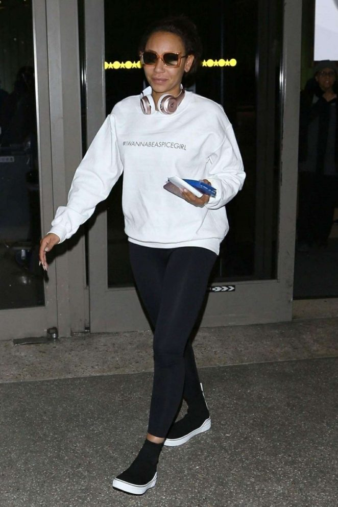Melanie Brown - Arrives at LAX airport in Los Angeles