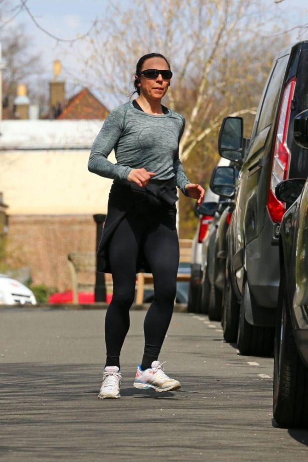 Melanie Chisholm - Jogging candids in London